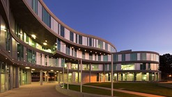 Humanities Gateway / Fentress Architects
