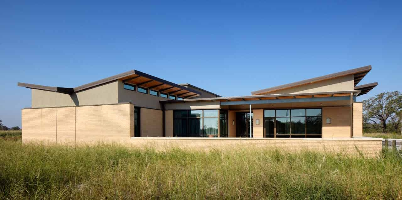 The Greater Texas Foundation Headquarters / Furman + Keil Architects, © Casey Dunn