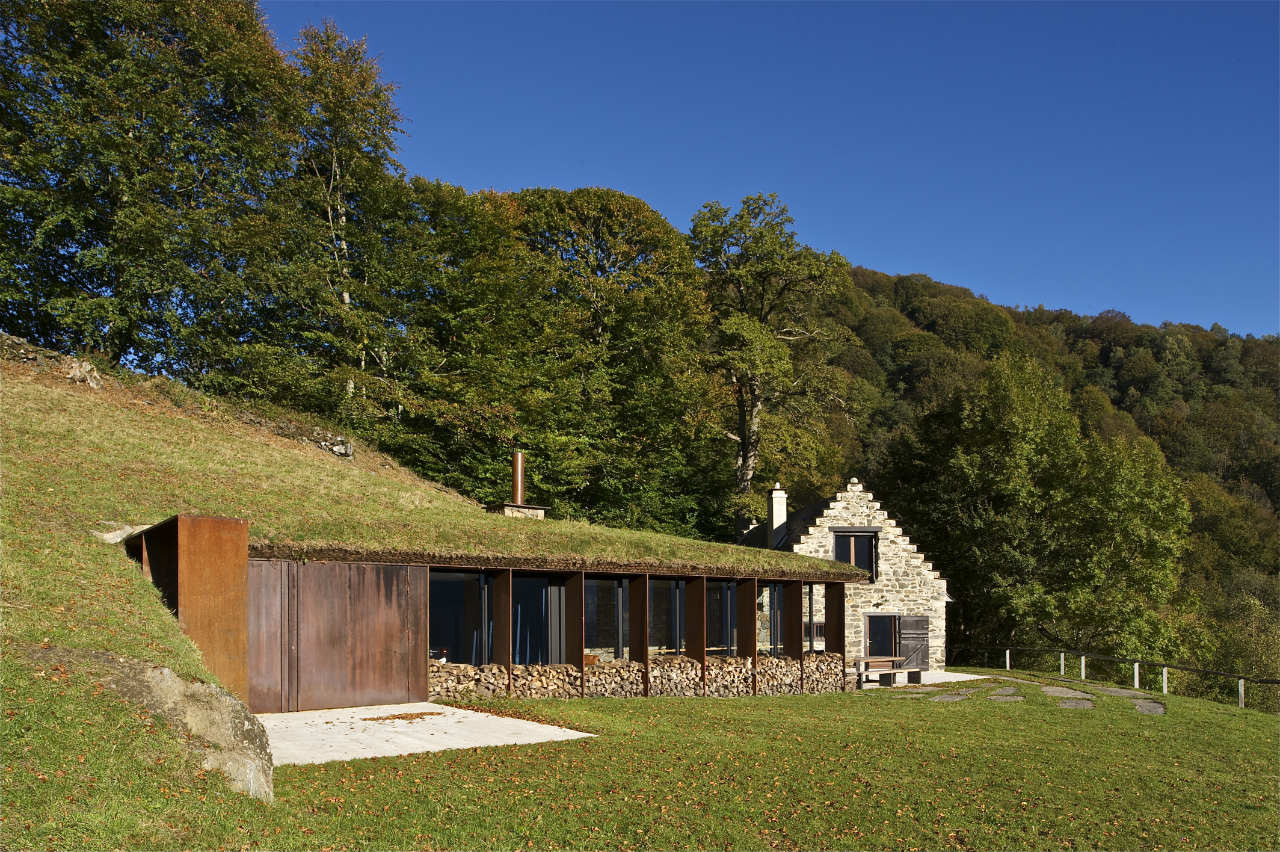 Extension Of A Barn / PPA, © Philippe Ruault