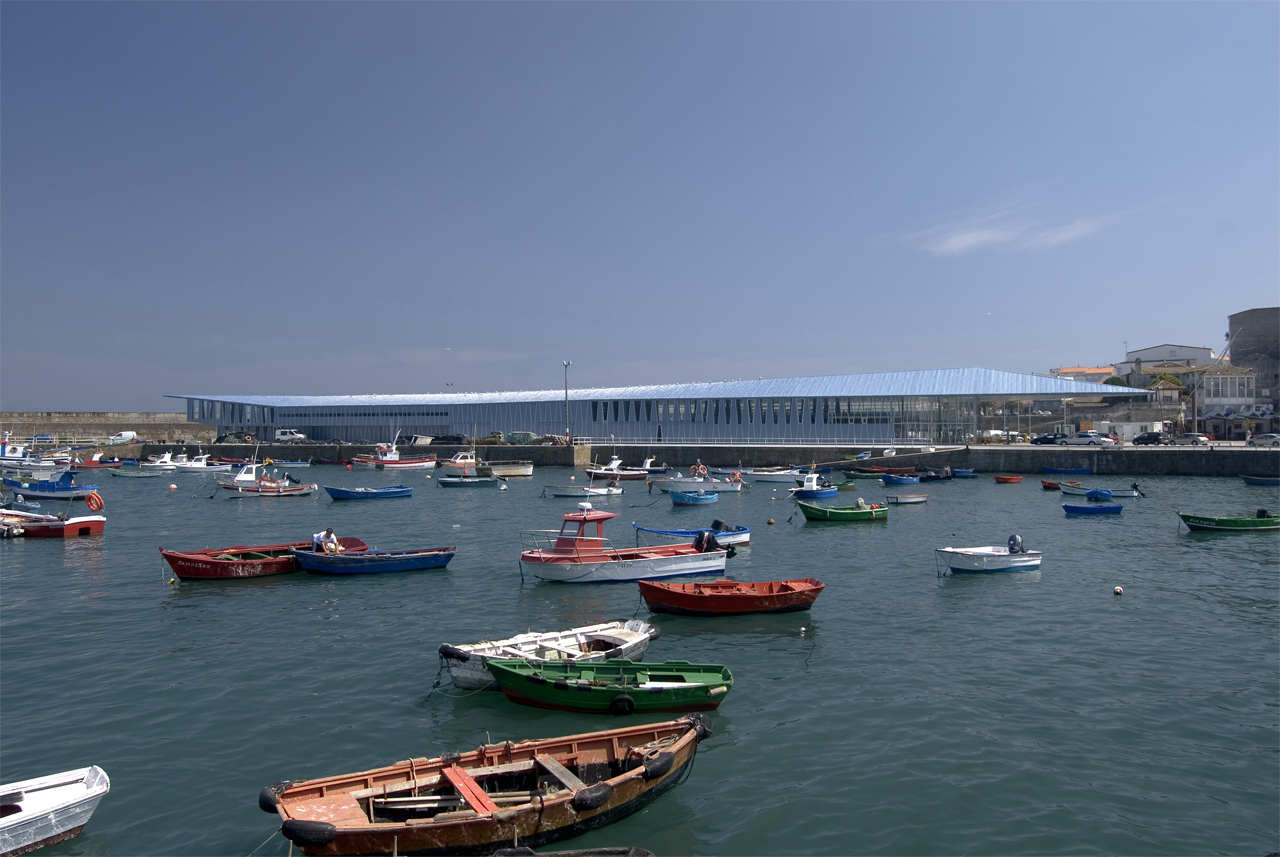 Fisterra Fishmarket / CREUSeCARRASCO Arquitectos, Courtesy of  creusecarrasco arquitectos
