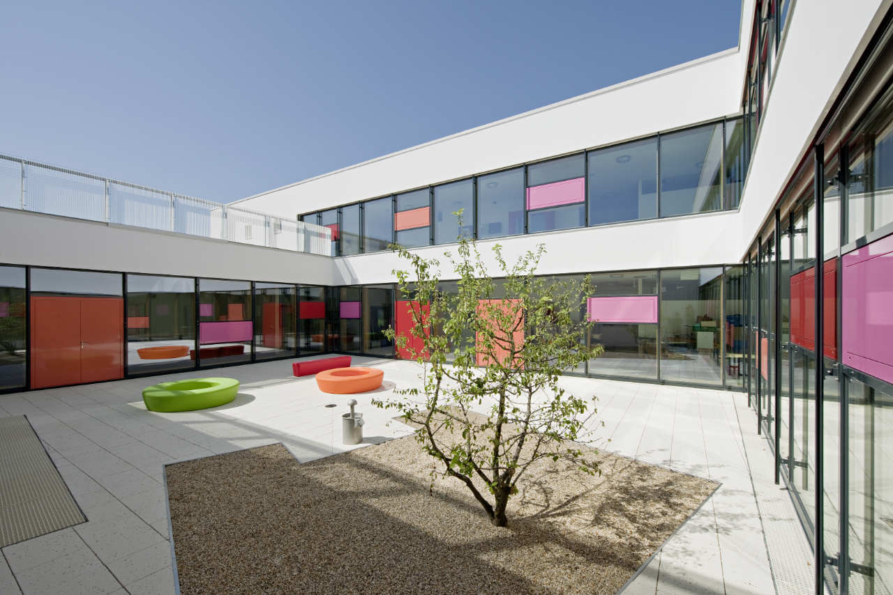 Gallery of childcare centre maria enzersdorf magk illiz 23 for Childcare centre