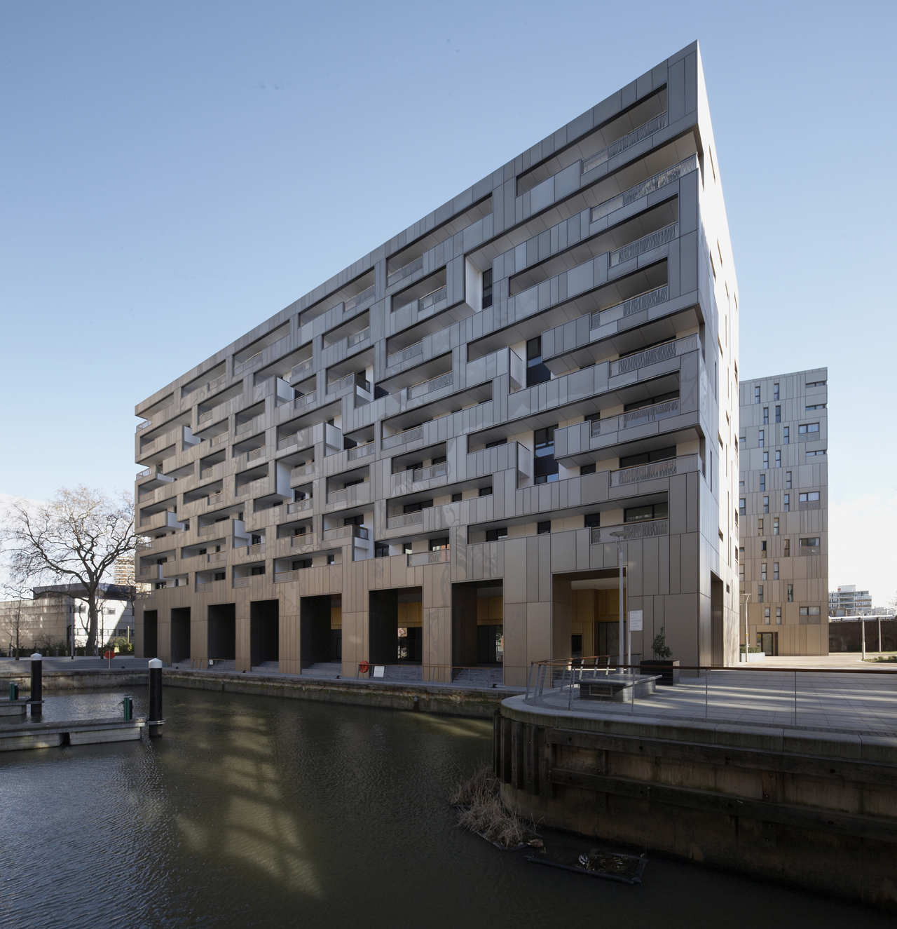 Grosvenor Waterside / Make Architects, © Zander Olsen