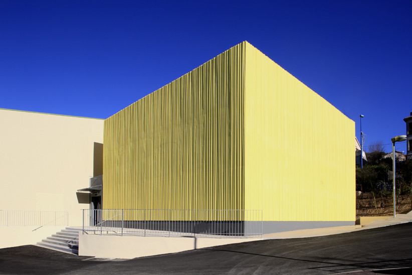 Gymnastics Building / Heams & Michel Architects, © Serge Demailly