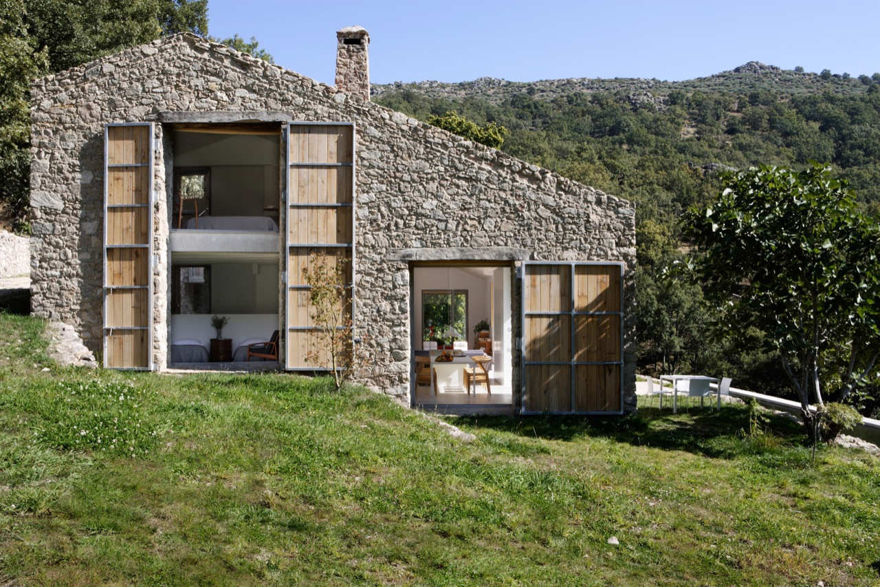 Estate In Extremadura / Ábaton Arquitectura, Courtesy of  Ábaton architects