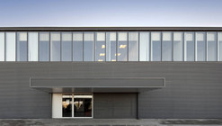 Photovoltaic Factory and Offices / Quadrante Arquitectura