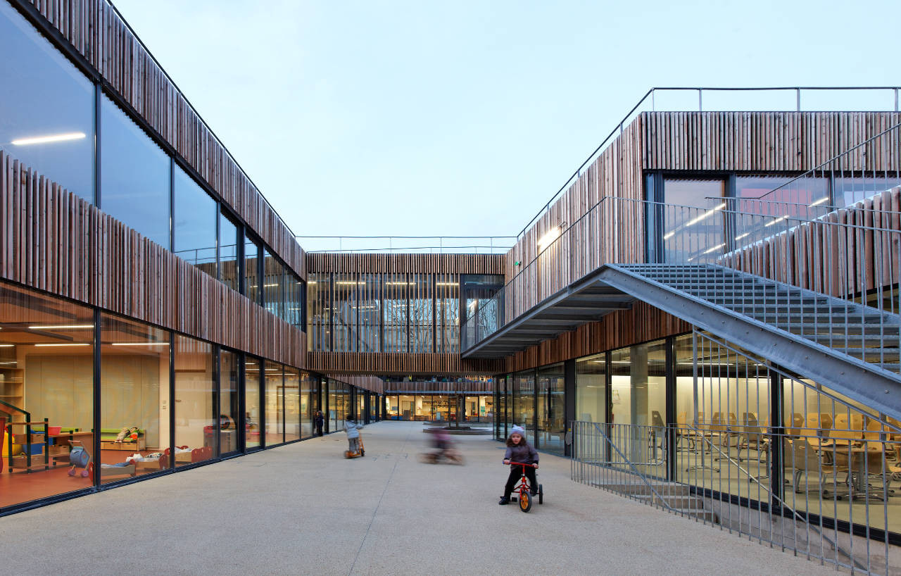 School Center Lucie Aubrac / Dietmar Feichtinger Architectes, ©  Dietmar Feichtinger Architectes