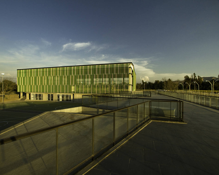 Terraustral Oeste School / Marsino Arquitectura, © Aryeh Kornfeld