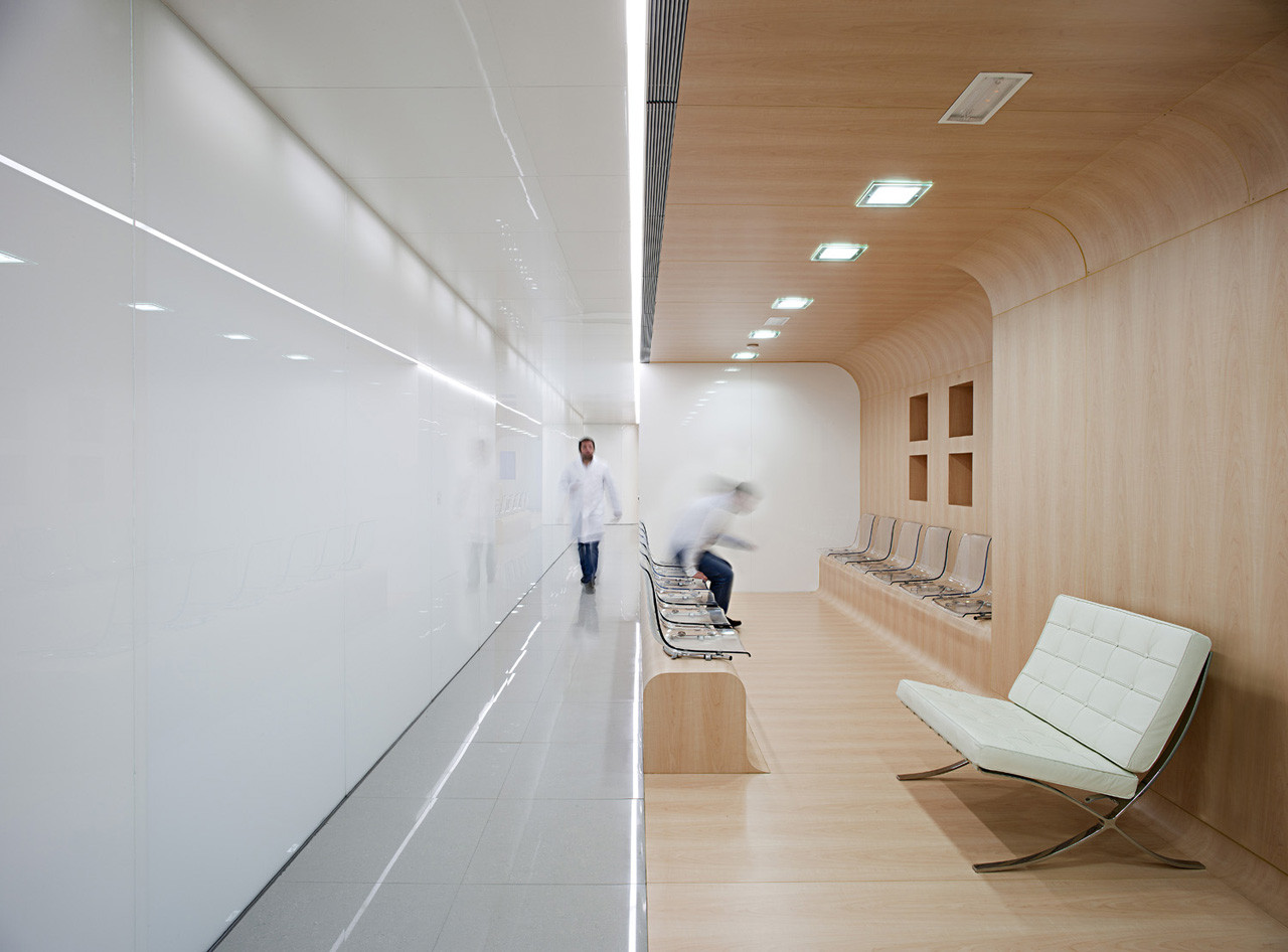 Dental office estudio arquitectura hago archdaily for Arquitectura and design