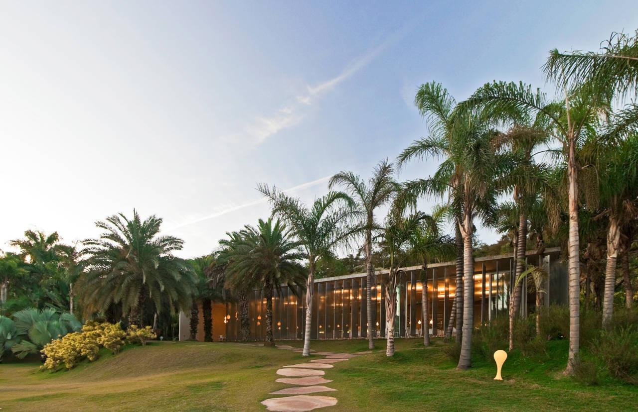 Oiticica Restaurant / Rizoma Arquitetura, © Henrique Queiroga