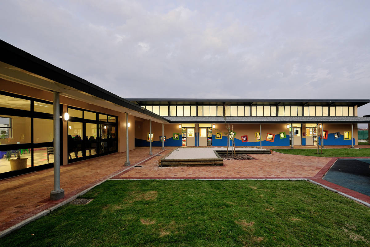 Blouberg International School / Luis Mira Archi​tects & Plus Arquitectura, ©  Luis Mira Architects & Plus Arquitectura
