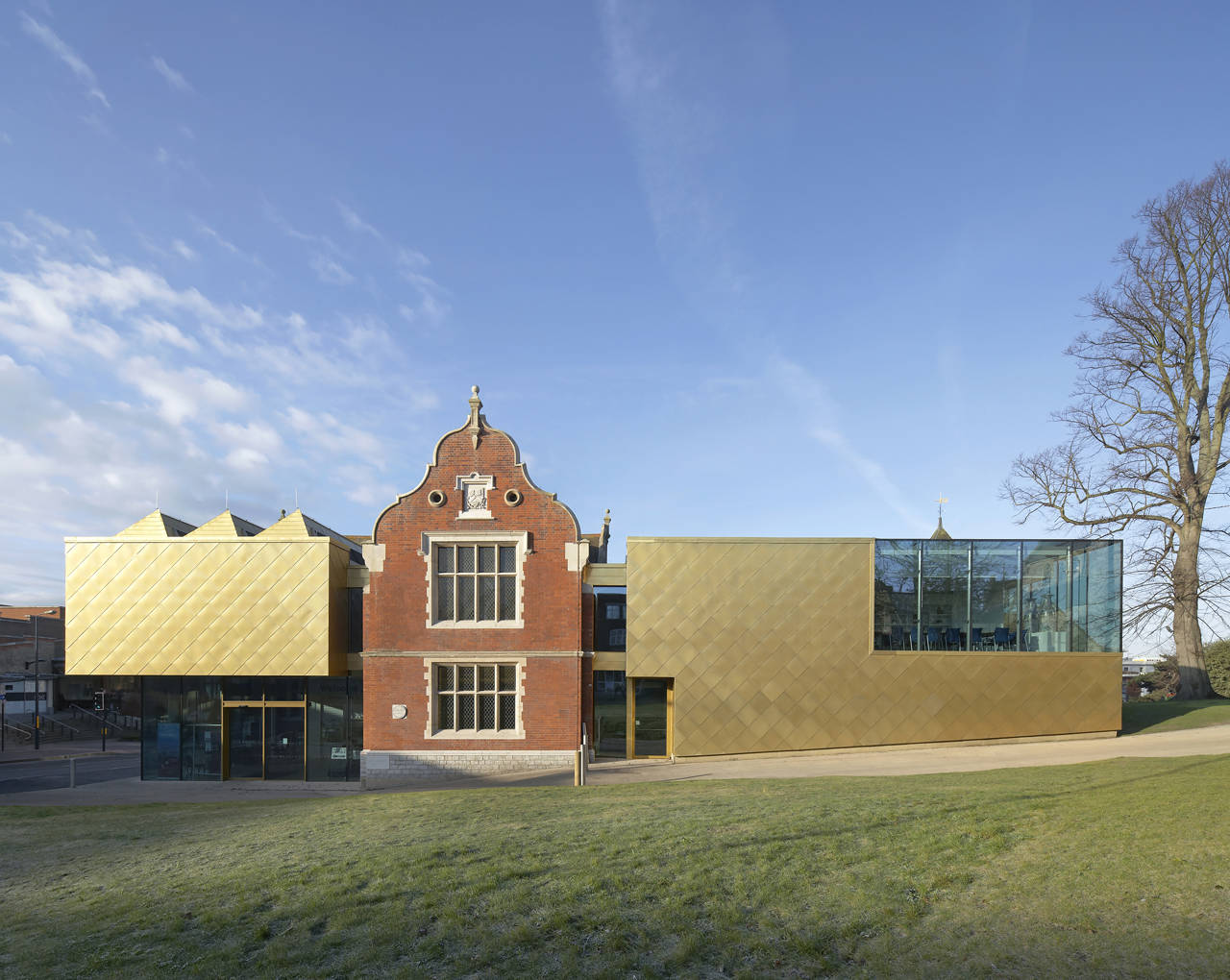 Maidstone Museum / Hugh Broughton Architects, © Hufton & Crow