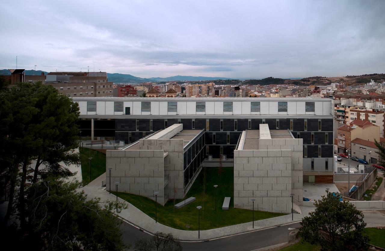 Hospital-Asilo of Granollers / Pinearq, © FG+SG - Fernando Guerra