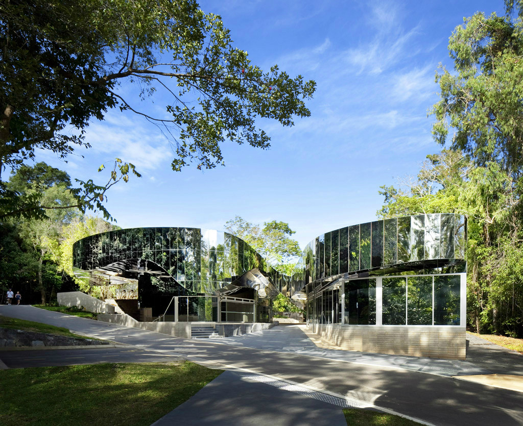 Cairns Botanic Gardens Visitors Centre / Charles Wright Architects, ©  Patrick Bingham Hall