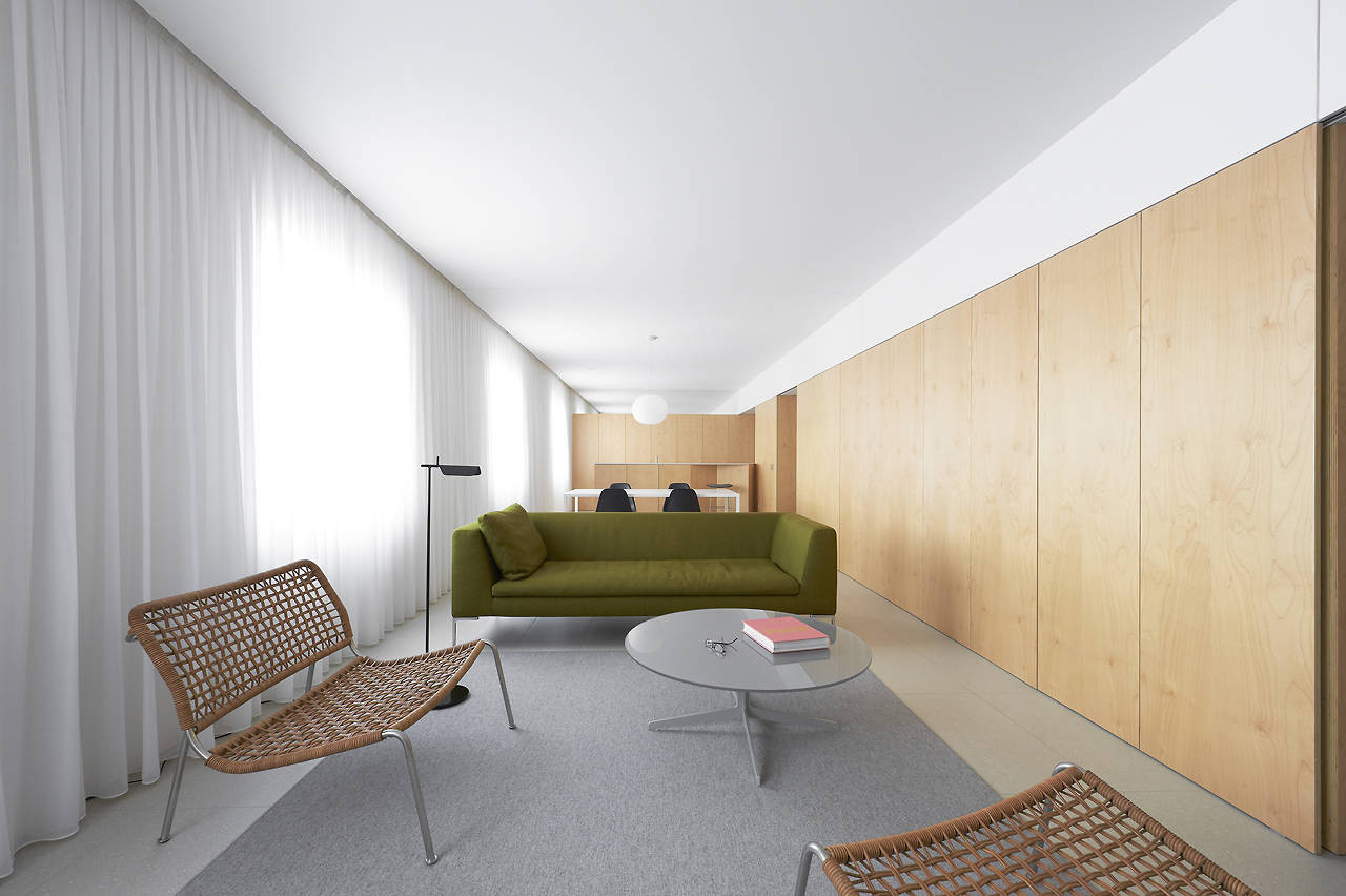 Apartment Refurbishment in Pamplona / Iñigo Beguiristain, © Iñaki Bergera