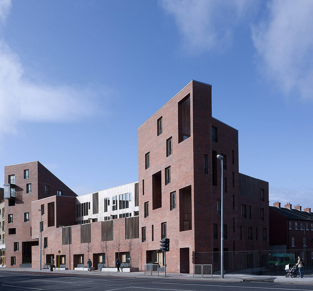 Timberyard Social Housing / O'Donnell + Tuomey Architects, © Dennis Gilbert