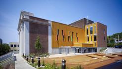 Kaufmann Program Center / Renaissance 3 Architects