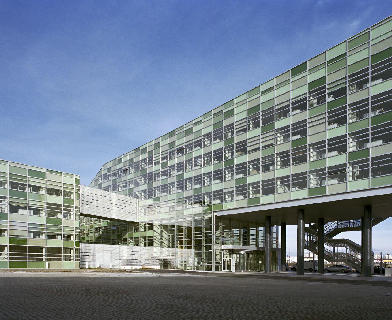 SKC Bratislava / MHM architects, © Herta Hurnaus