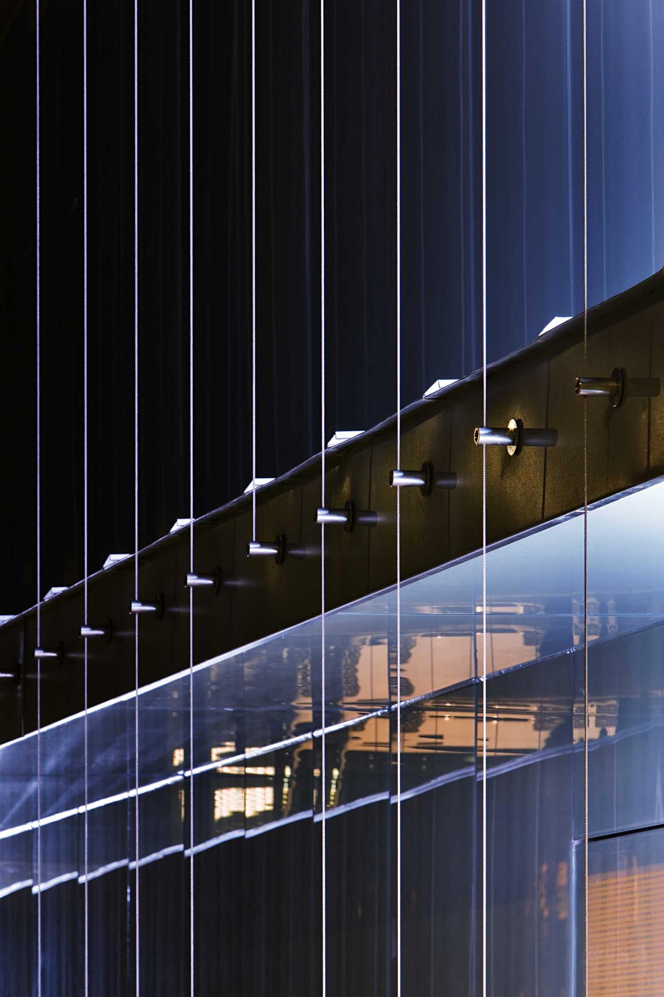 Beauty Center / ZSK Architects