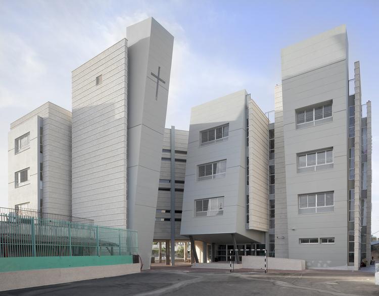 Orthodox School in Remle / Dan and Hila Israelevitz Architects, Courtesy of Dan and Hila Israelevitz