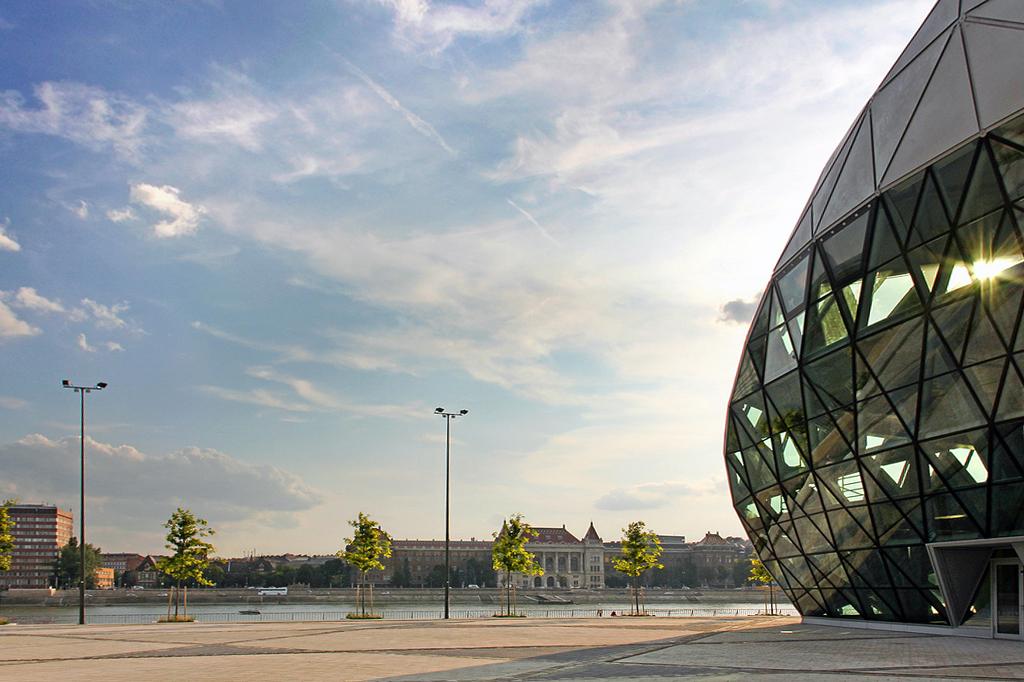 CET Building / ONL