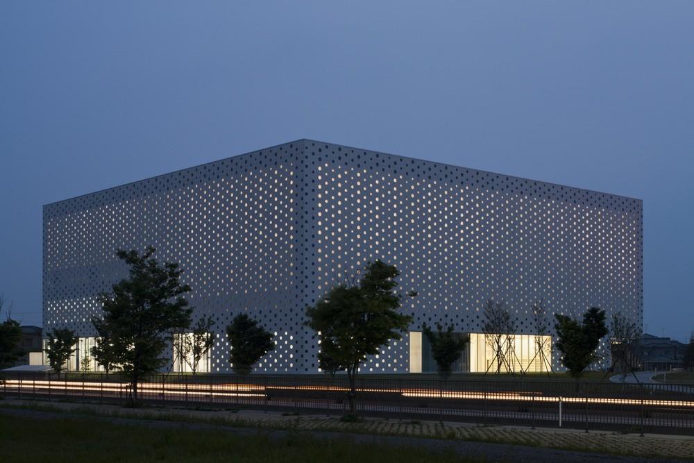 Kanazawa Umimirai Library / Coelacanth K&H Architects, © Satoshi Asakawa