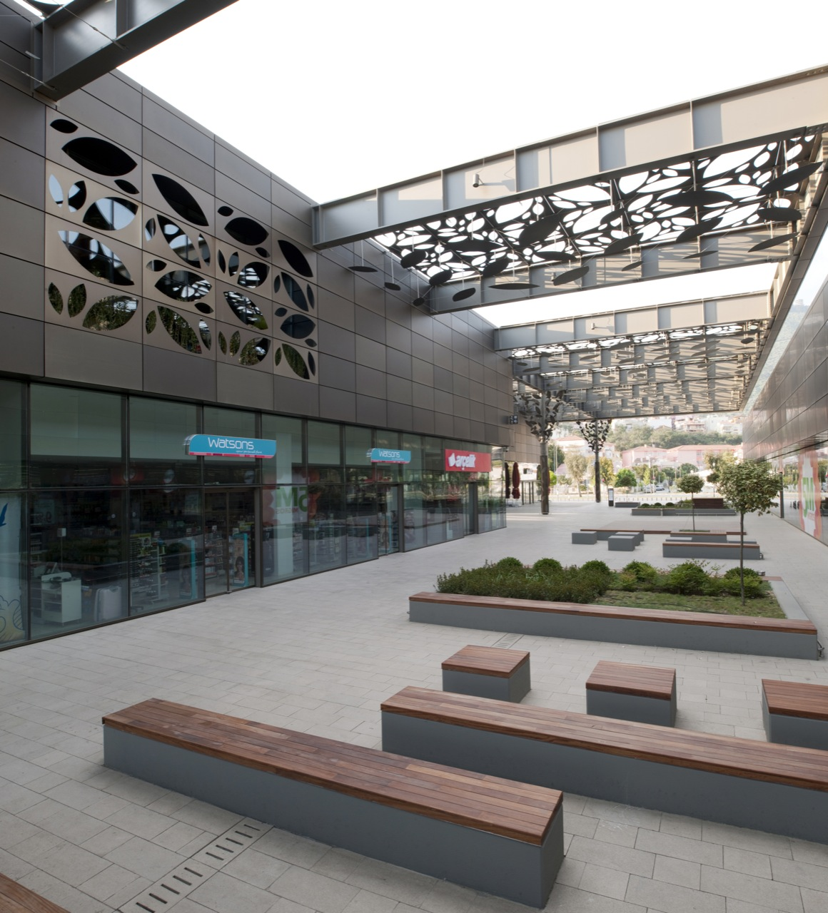 Gallery of asmacati shopping center tabanlioglu for Shopping mall exterior design