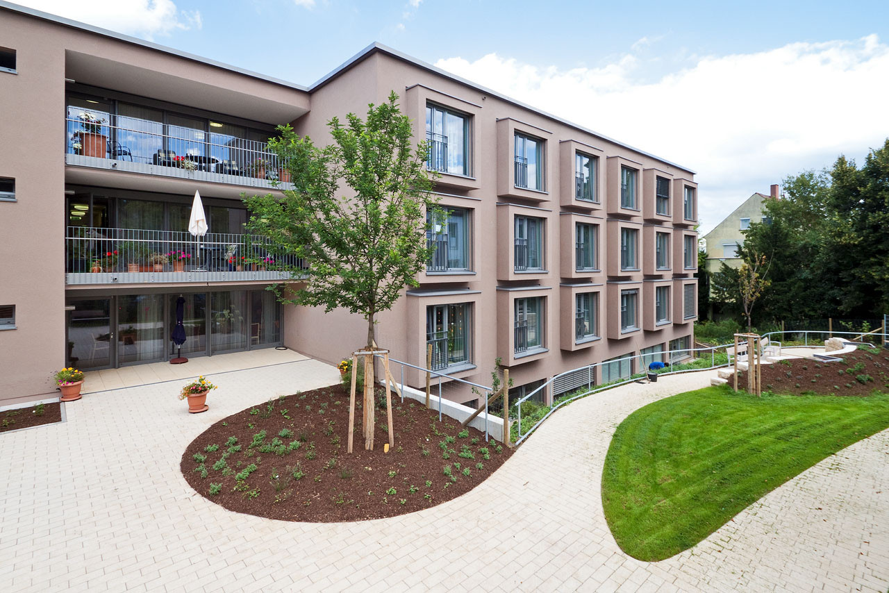 Gallery of veronica house elderly care facility f m b for Architectural design retirement home