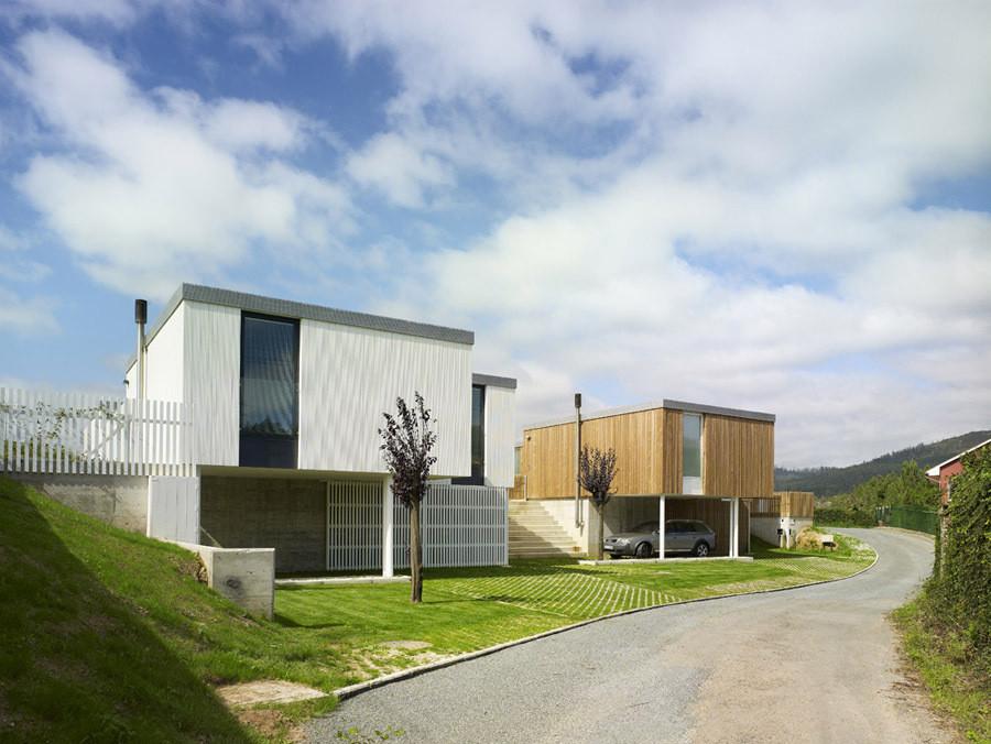 Seven Modular Housing in Covas / Salgado e Liñares Architects, © Héctor Santos-Díez