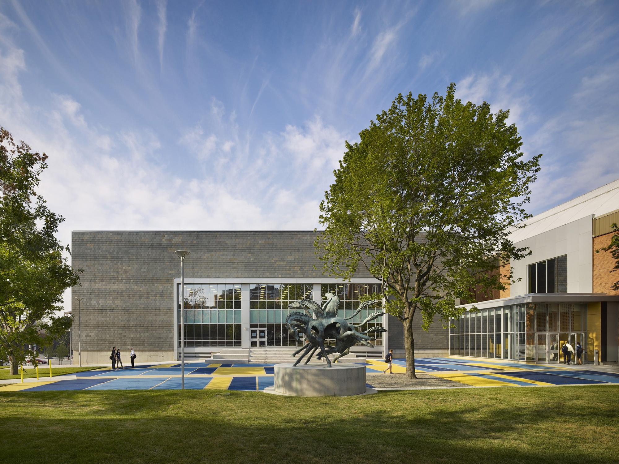The Drexel University Daskalakis Athletic Center / Sasaki Associates