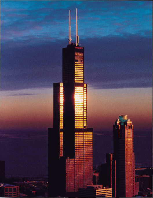 Ad classics willis tower sears tower som archdaily for 103 floor skyscraper the sears tower in chicago