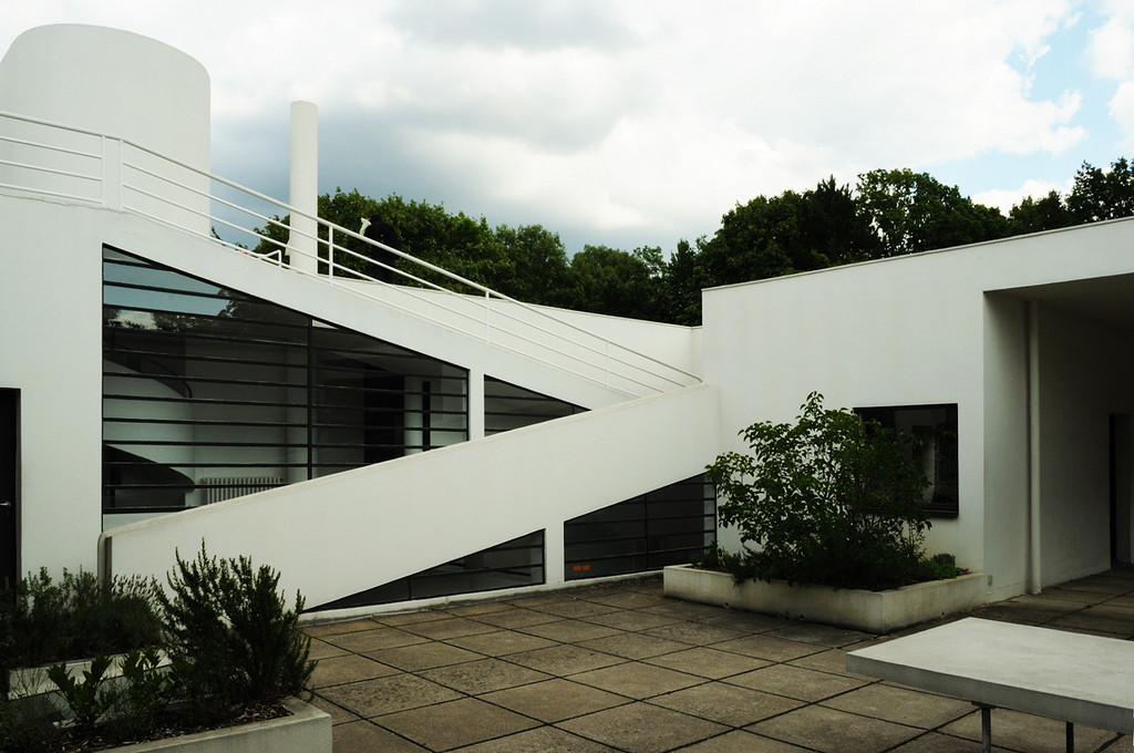 gallery of ad classics villa savoye le corbusier 4. Black Bedroom Furniture Sets. Home Design Ideas
