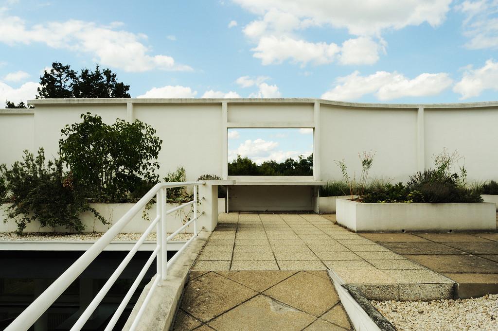 Gallery of ad classics villa savoye le corbusier 10 - Le corbusier villa savoye ...