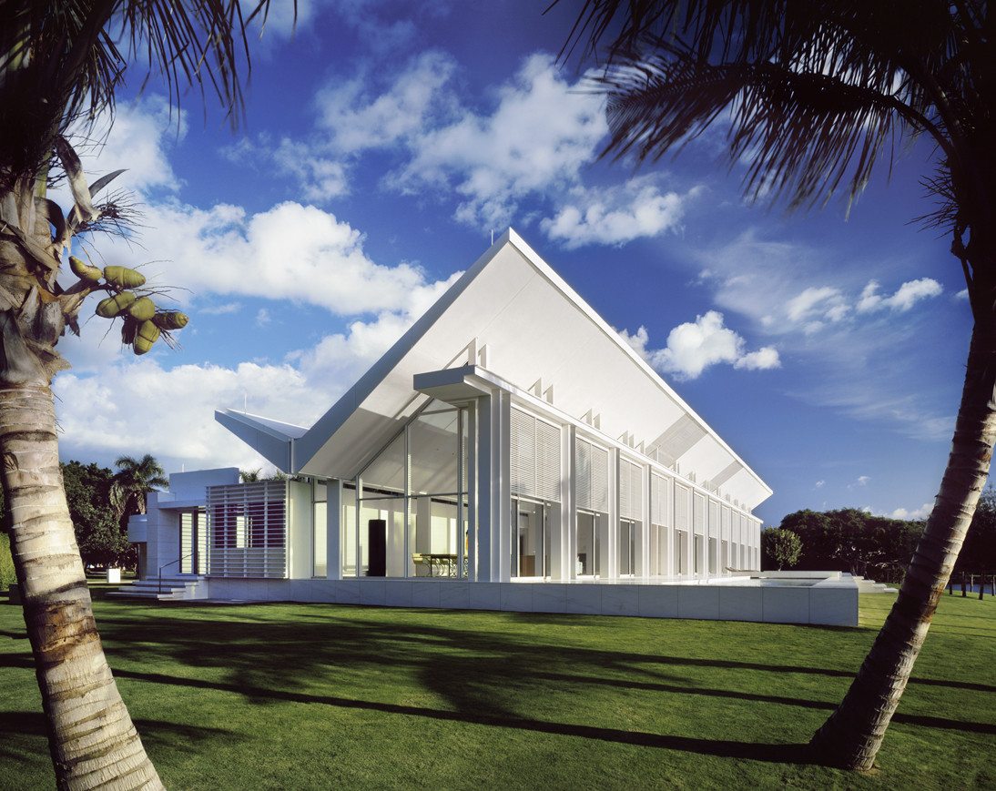 Ad classics neugebauer house richard meier partners Architect florida