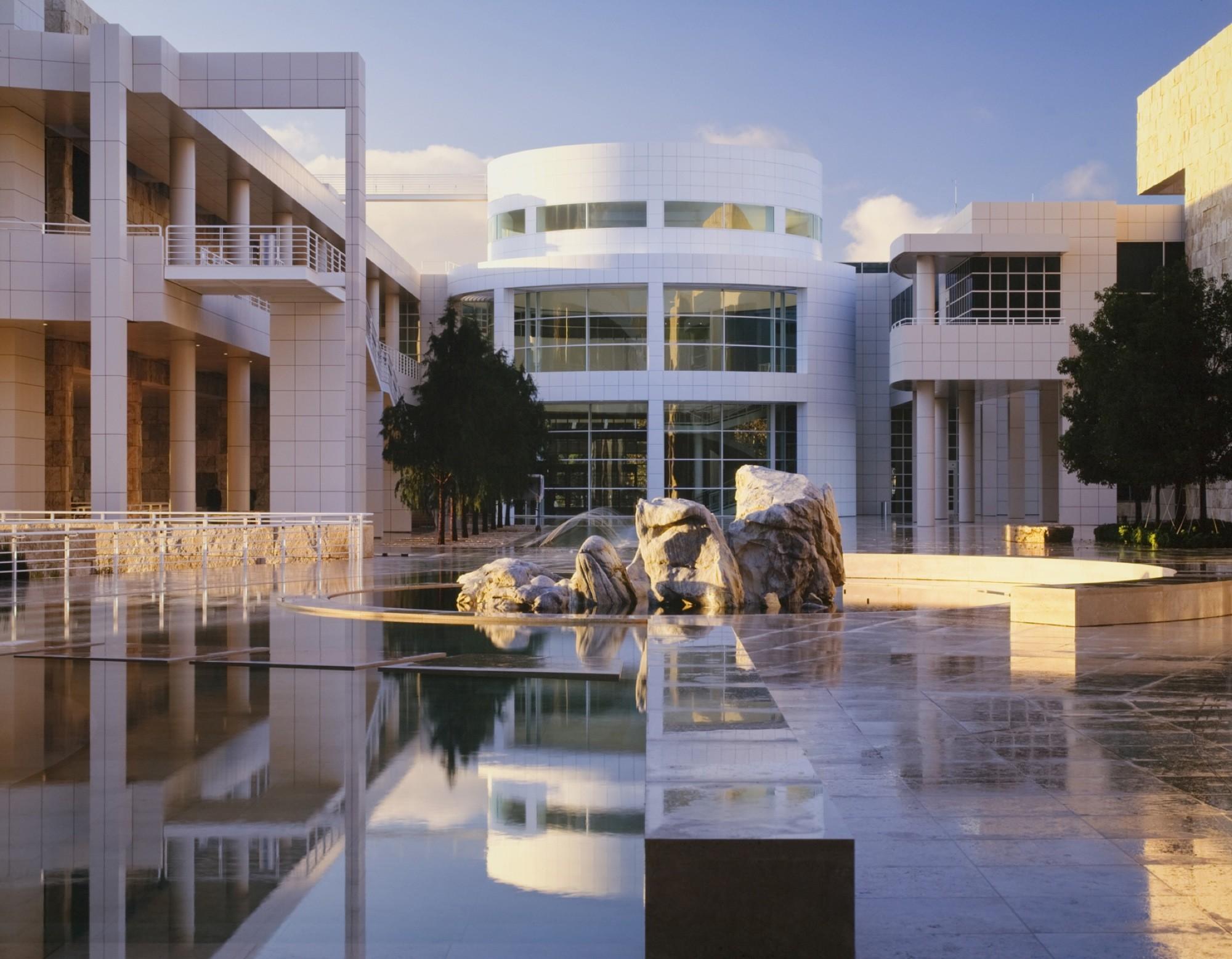 AD Classics: Getty Center / Richard Meier & Partners, Architects LLP, Courtesy of richard meier & partners architects © scott frances esto
