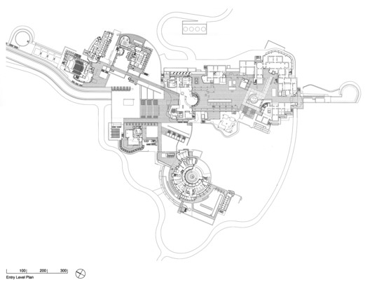 Entry Level Plan, Courtesy of Richard Meier & Partners Architects