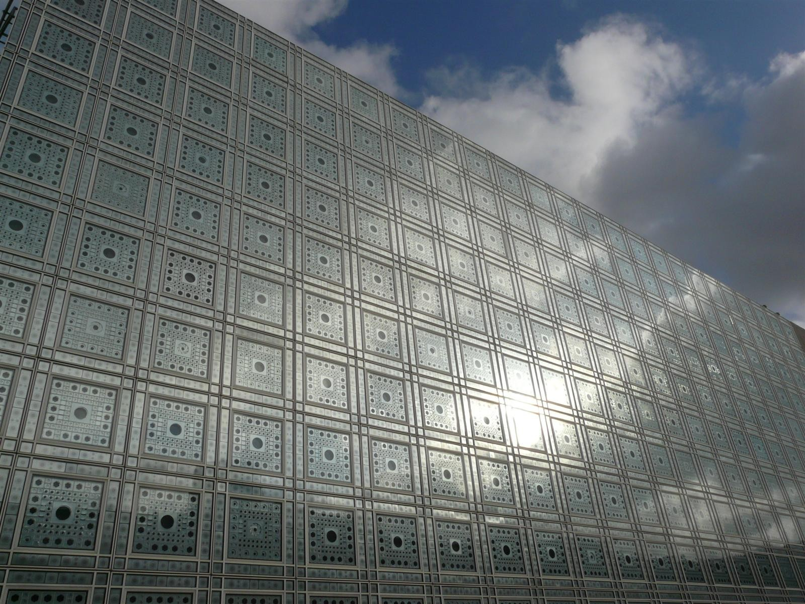 Gallery of ad classics institut du monde arabe enrique for Architecture jean nouvel