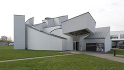 AD Classics: Vitra Design Museum and Factory / Frank Gehry