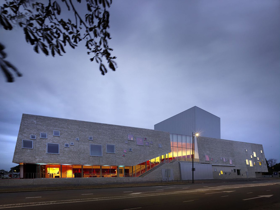 Schouwburg Amphion / Mecanoo, © Christian Richters