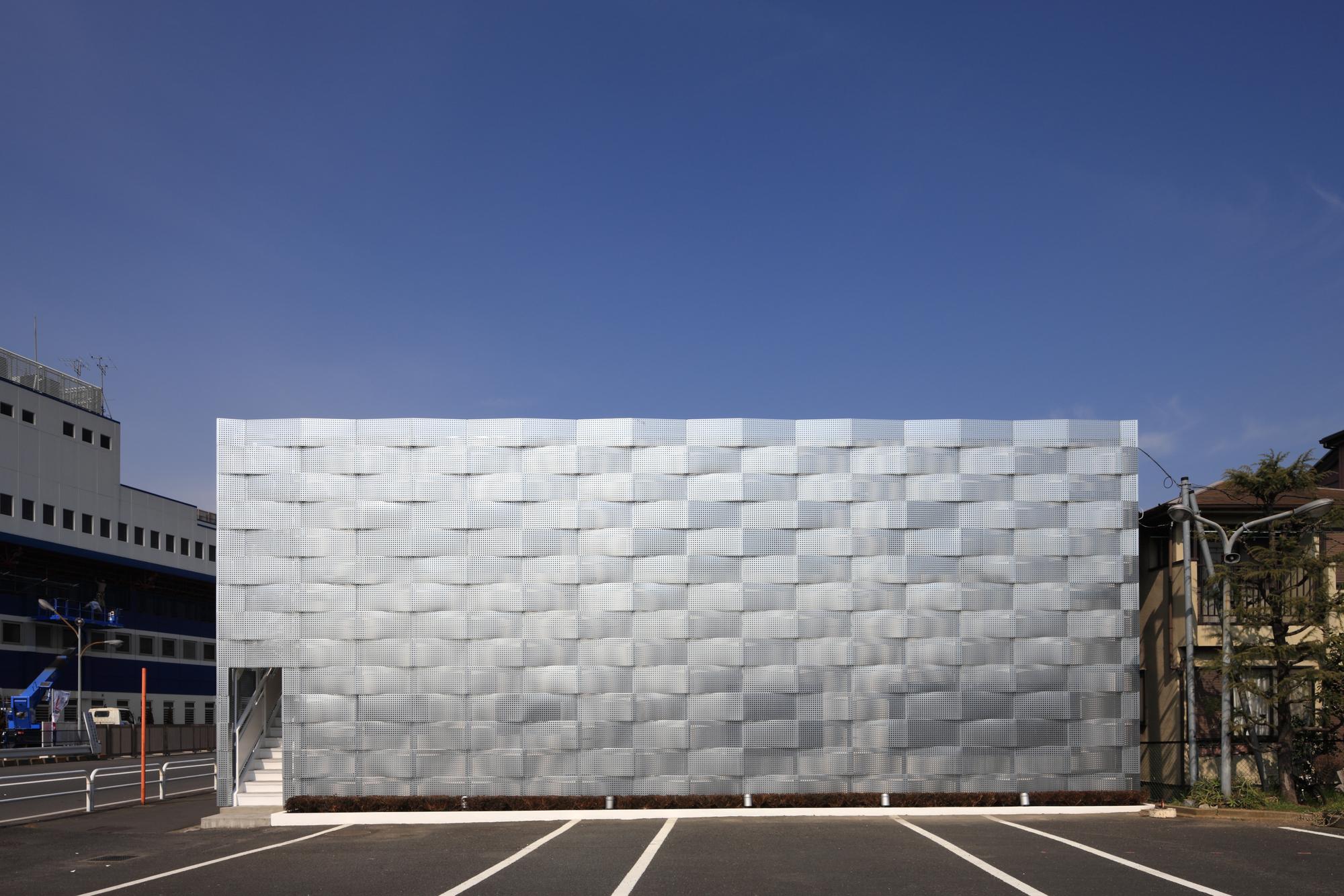 Gallery of edogawa garage club renovation jun ichi ito for Architect associates