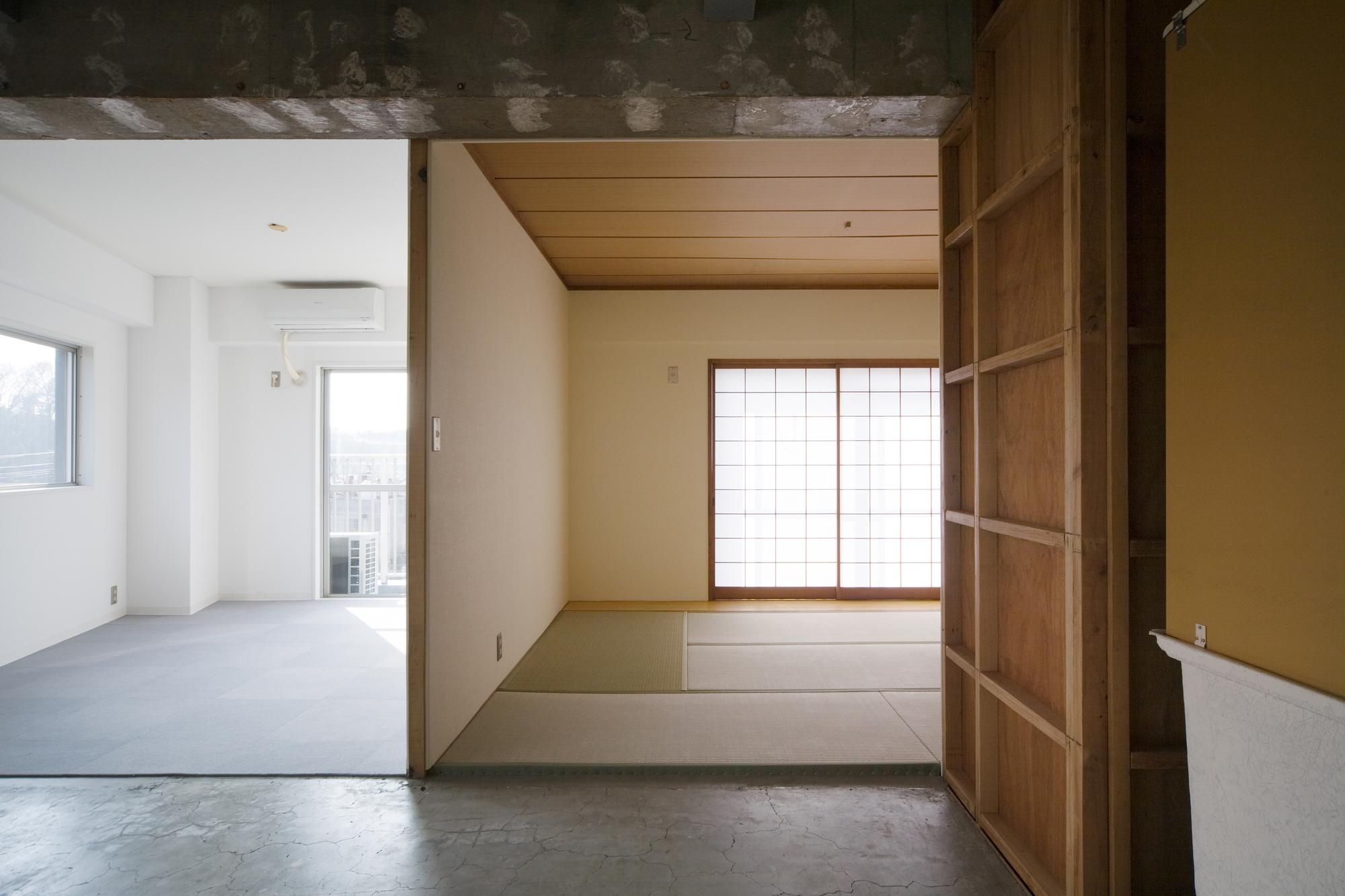 Sayama Flat / Schemata Architects