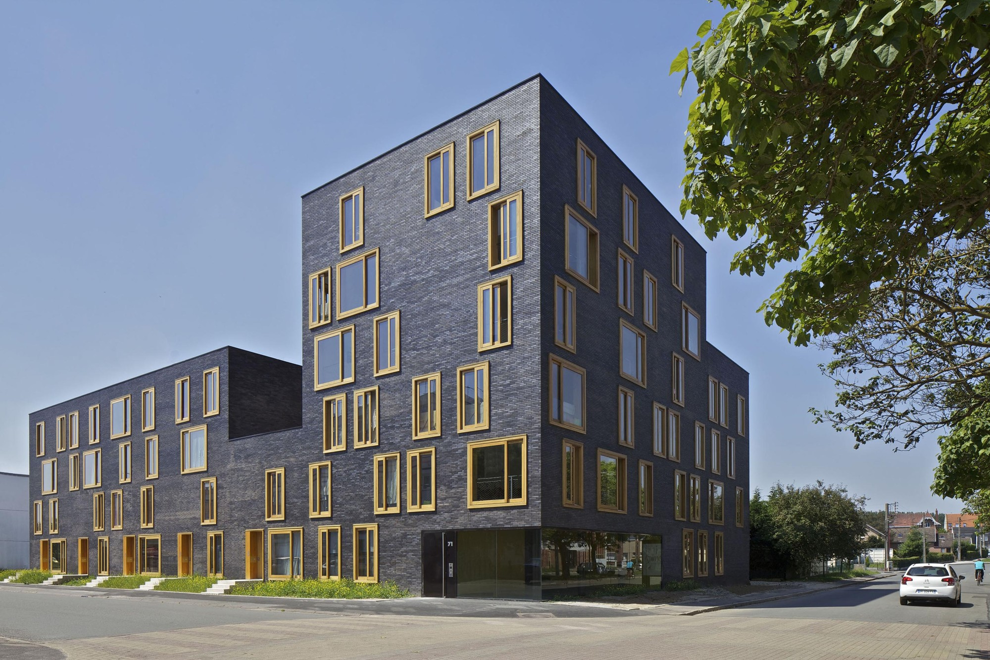 Hollande b thune social housing fres architectes archdaily for Design et architecture