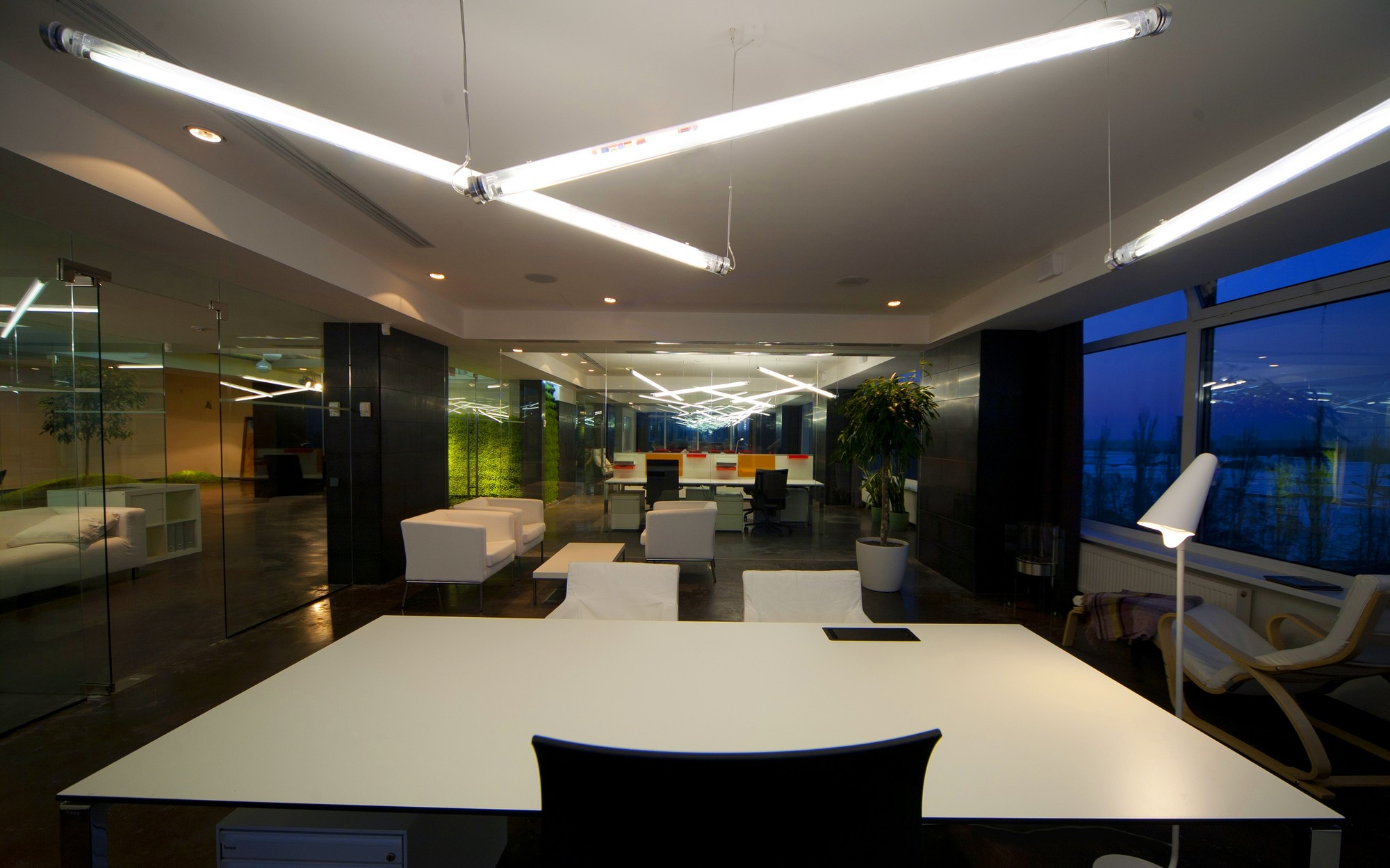 Office of technology company tseh architectural group for Office design companies