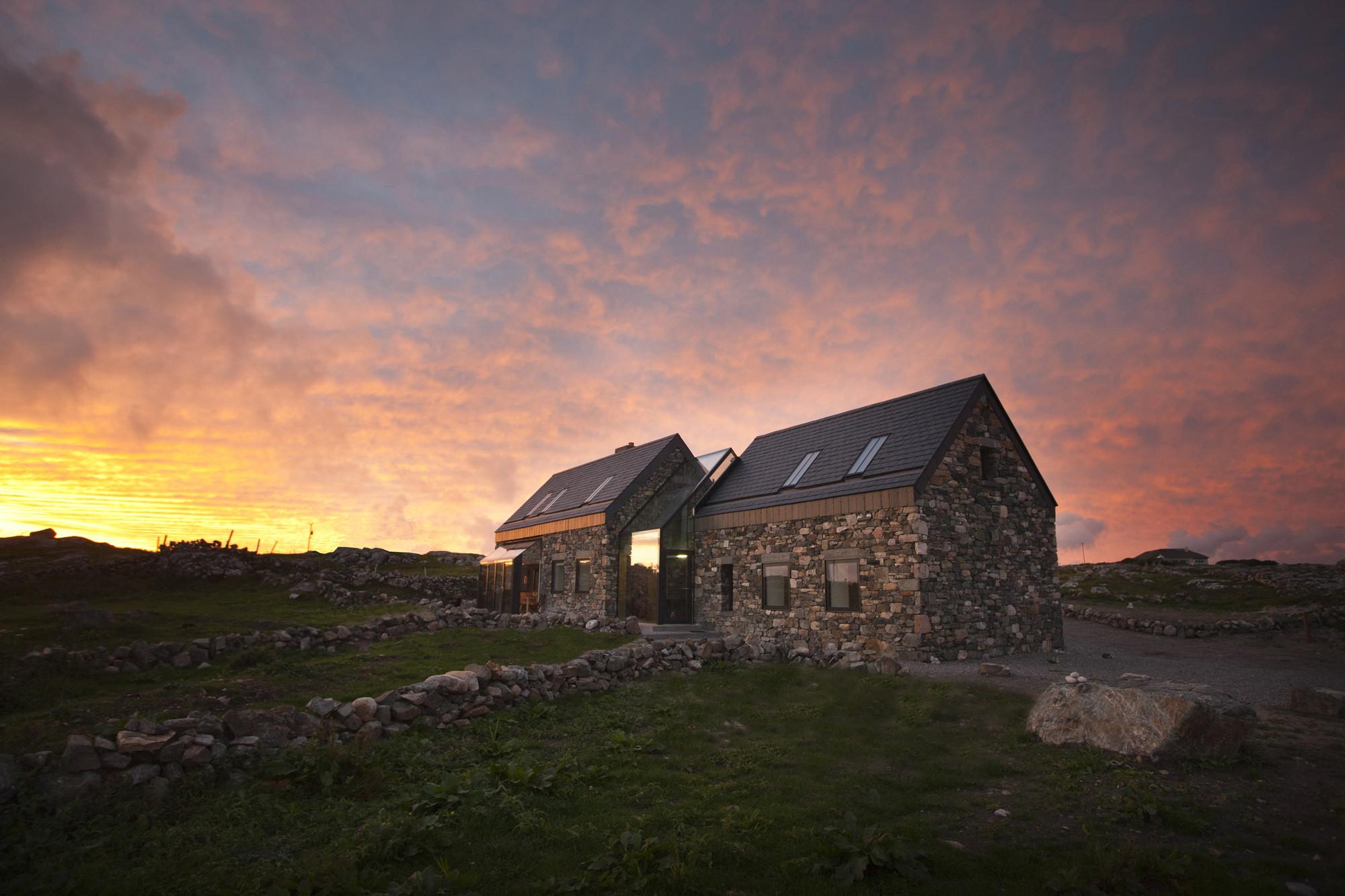 Connemara / Peter Legge Associates, © Sean Breithaupt + Yvette Monohan