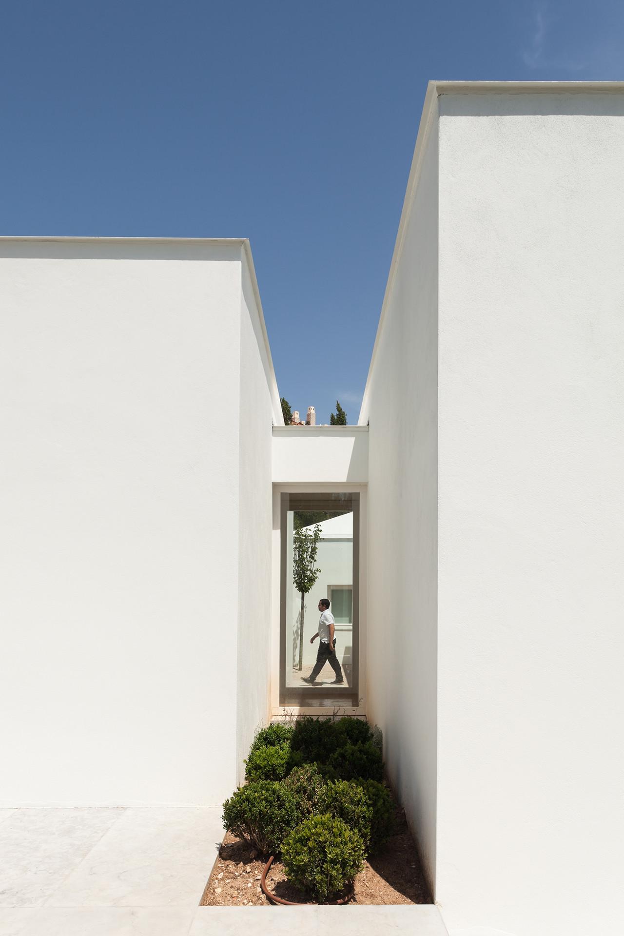 House in Belas / CHP Arquitectos