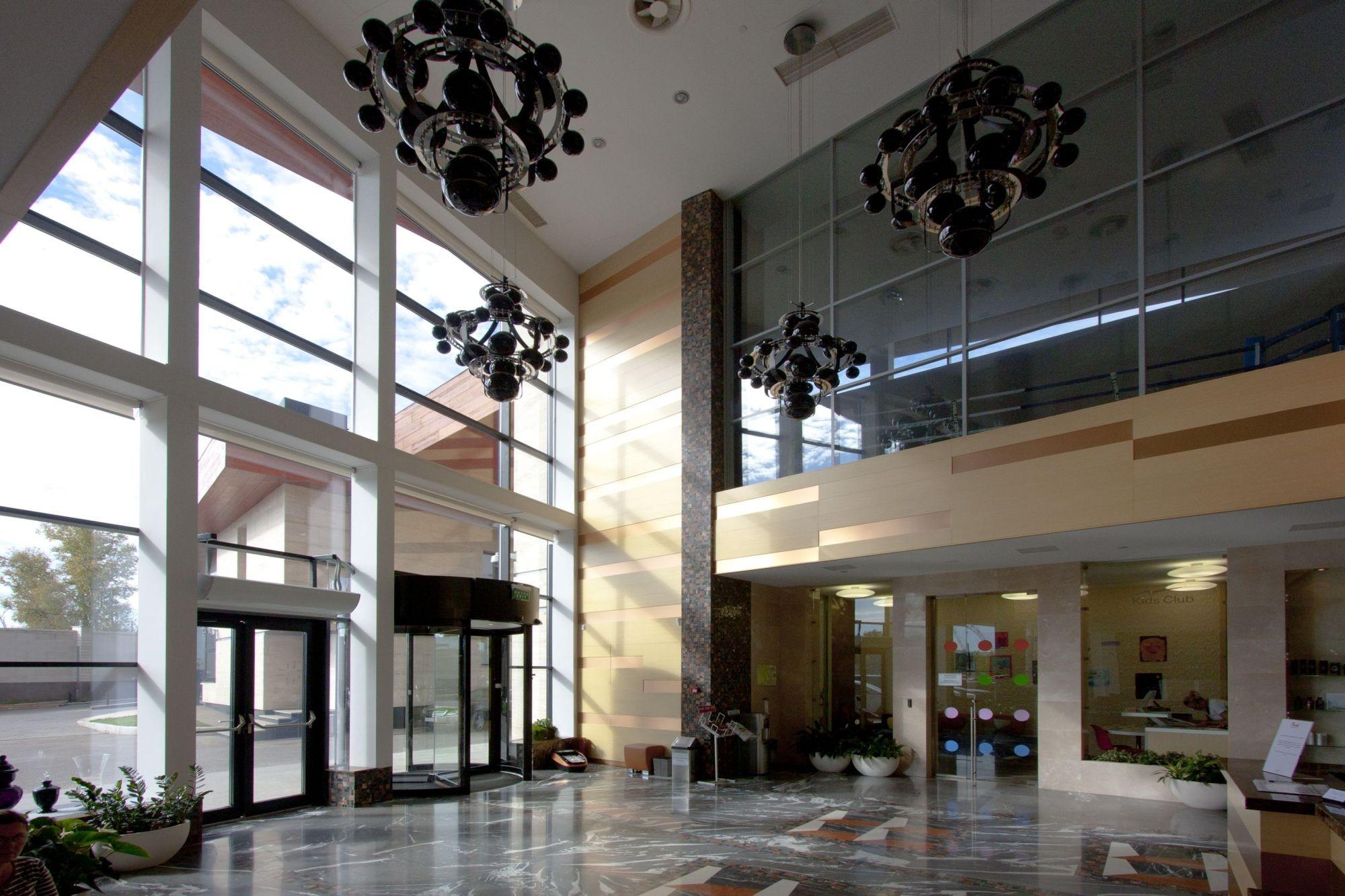 Zukovka-21 / Asadov Architectural Studio
