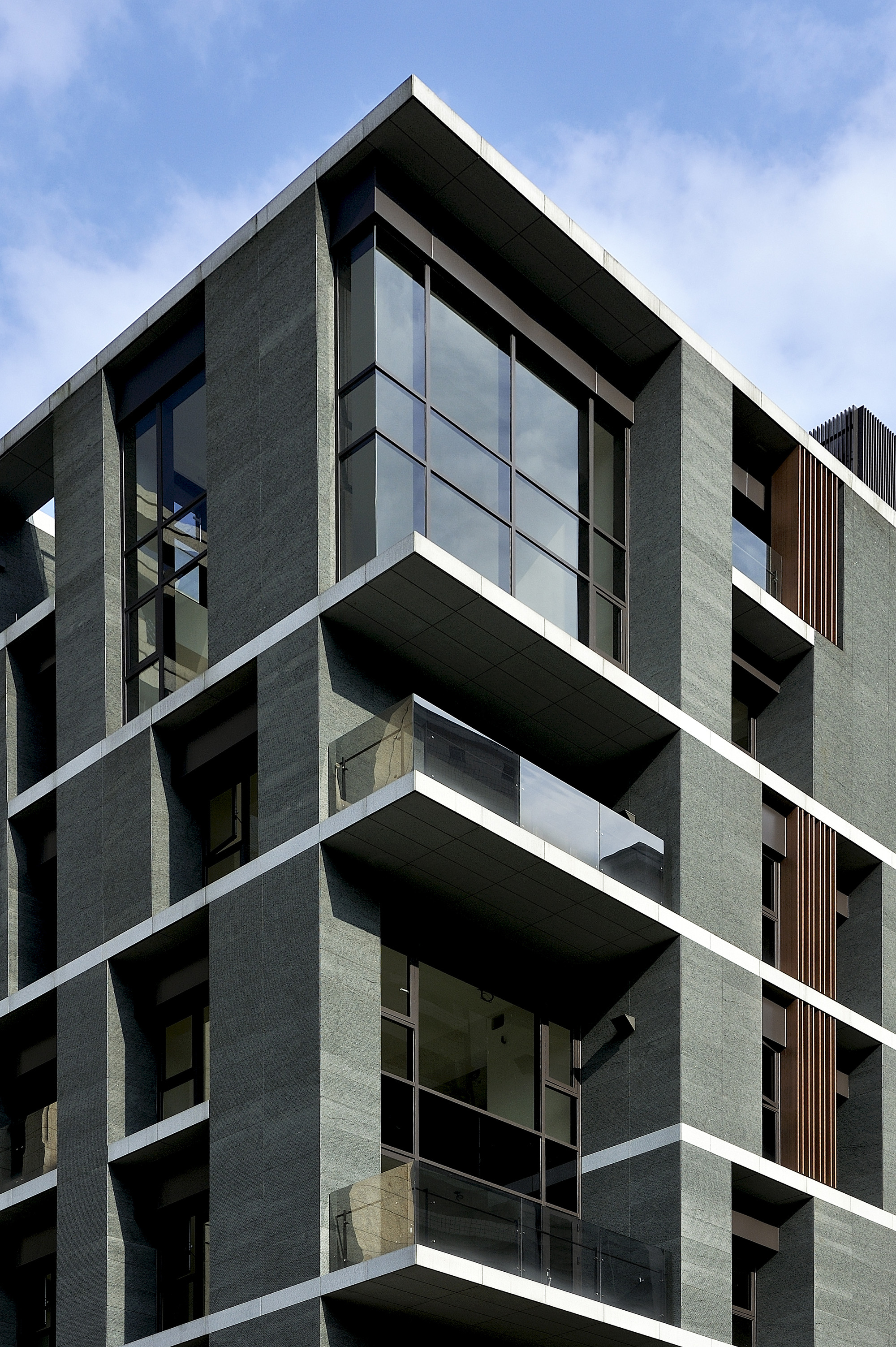 Gallery of u house hsuyuan kuo architecture 4 for Jc house architecture modern facade