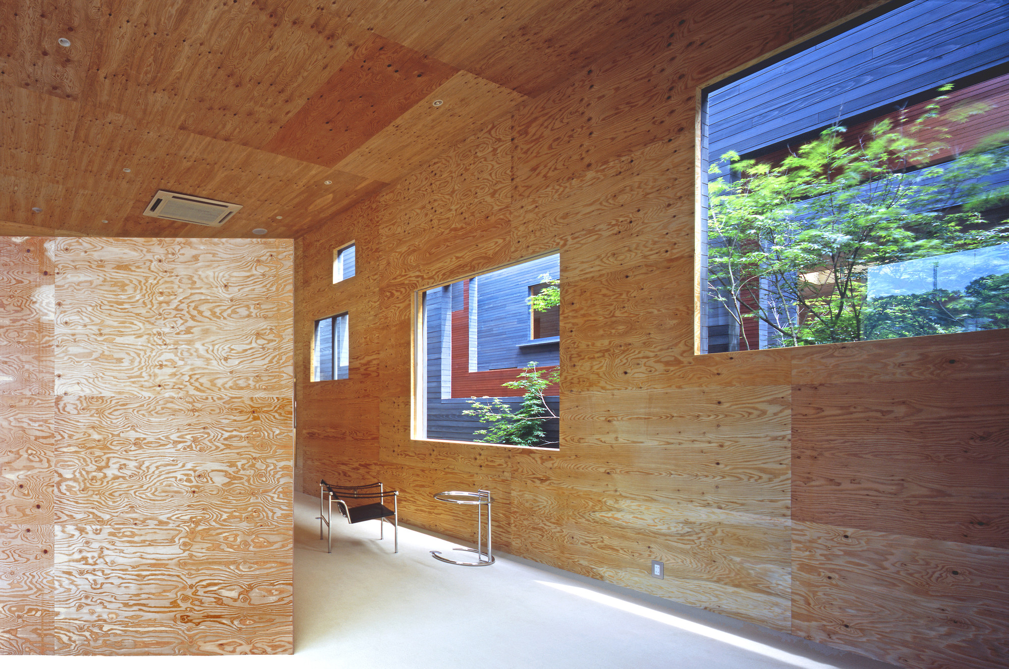 Mori x Hako / UID Architects
