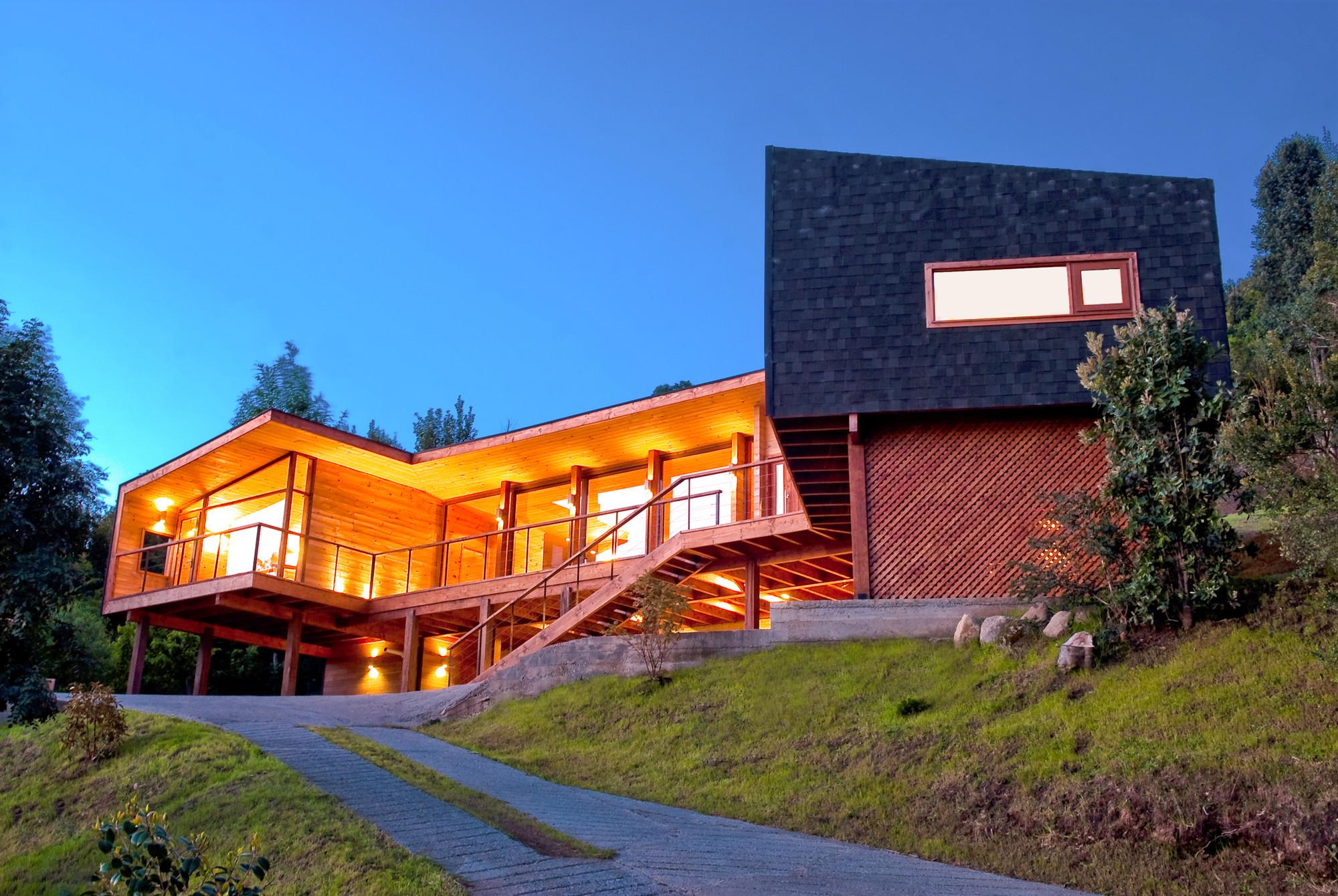 Maldonado House / Matías Silva Aldunate Architect