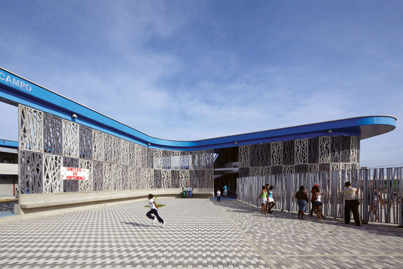 Flor del Campo Educational Center / Giancarlo Mazzanti + Felipe Mesa, © Cristobal Palma