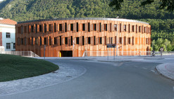 Administrative Center Jesenice / Studio Kalamar